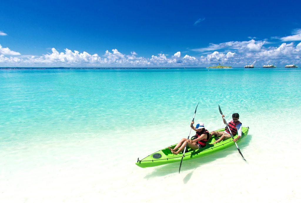 beach-boat-fun-1430672
